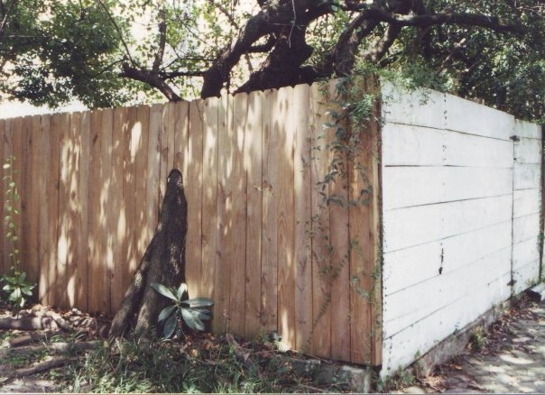 Accommodating Fence